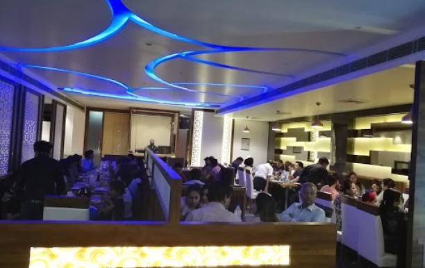 Lark Restaurant And Bar