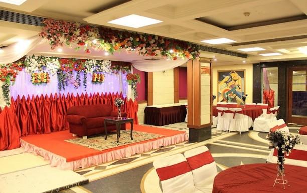 Hotel Raj Continental