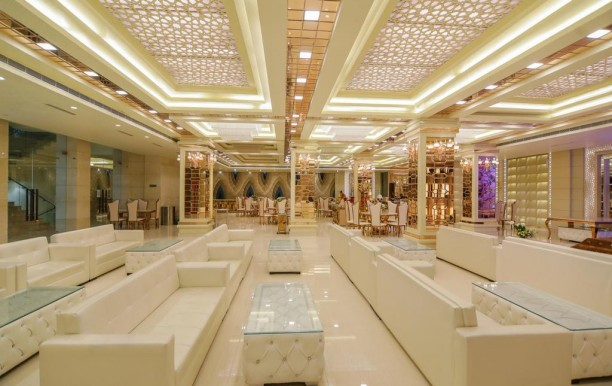 The Grand Parisian Hotel And Banquets