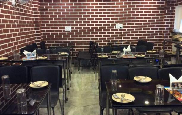 aryan-restaurant.jpg