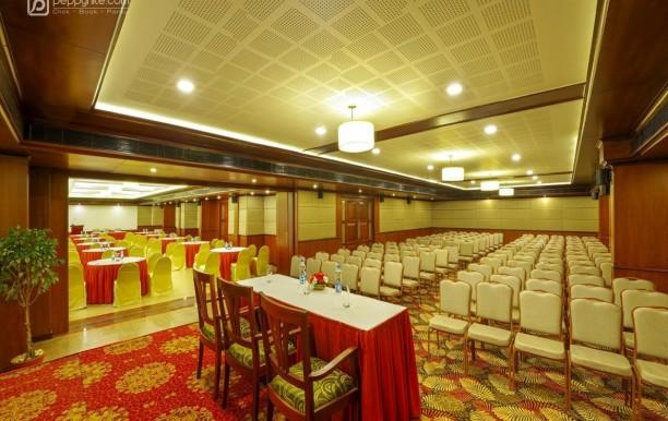 classic-sarovar-portico-in-thiruvananthapuram.jpg