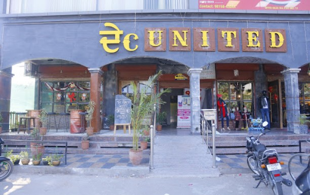 desi_united_cafe_front.jpg
