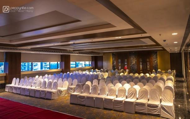 grand-imperial-banquet-noorya-hometel-in-pune.jpg