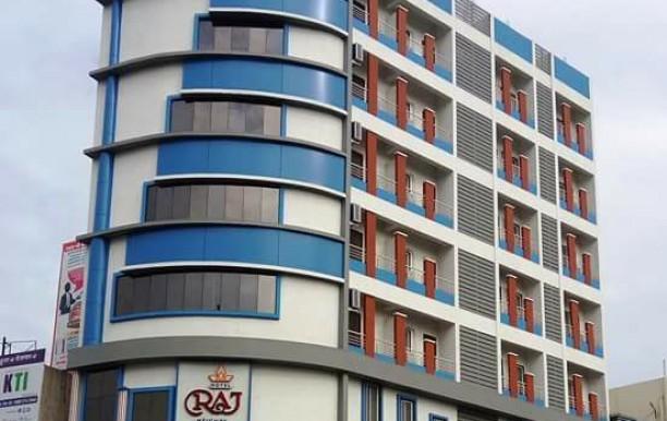 hotel-raj-heights6.jpg