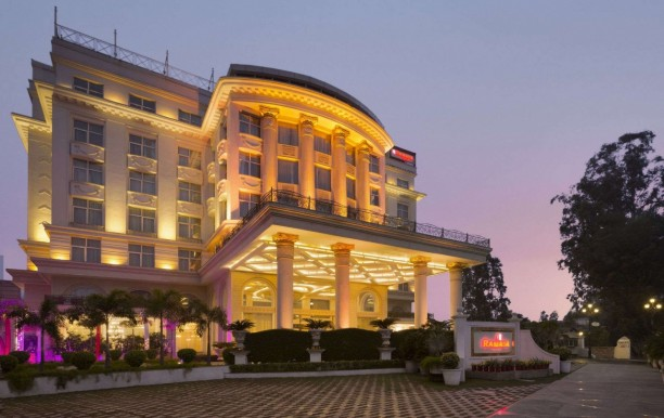 hotel-ramada-plaza.jpg