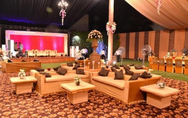 oasis_banquet_lawn.jpg