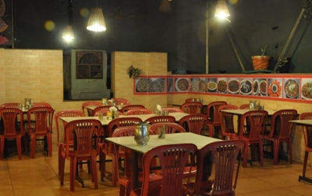 radhanand-restaurant-and-banquet-ellis-bridge-ahmedabad-punjabi-restaurants-1ha1avt.jpg